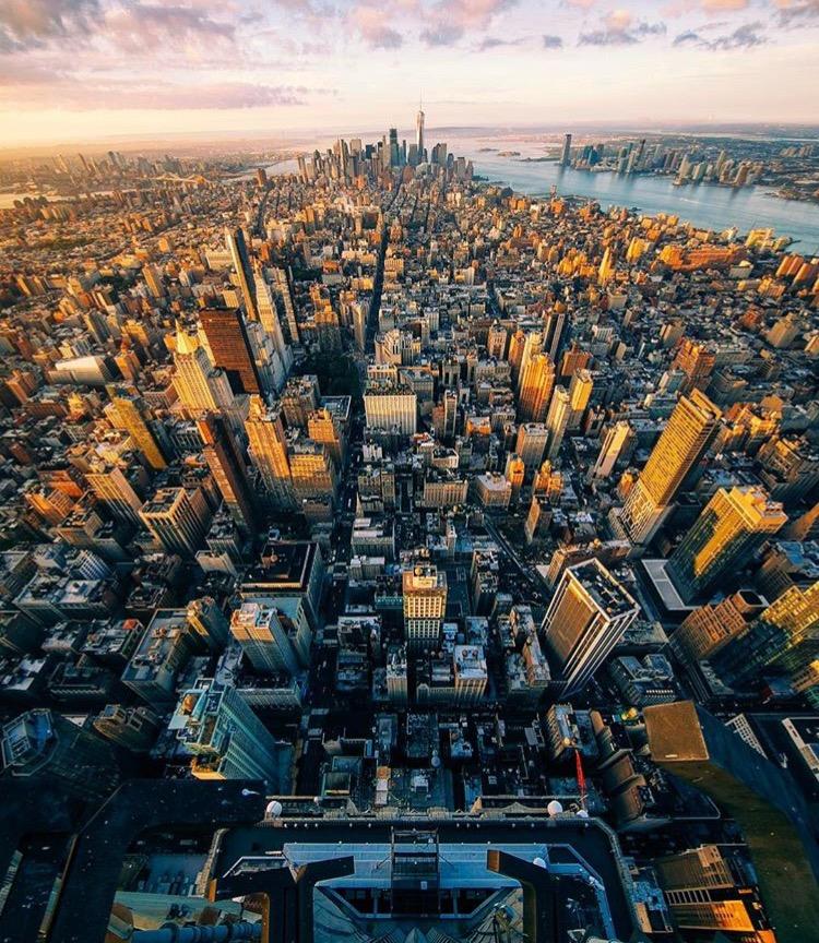 Manhattan, NY @jacob www.selfwanderer.com