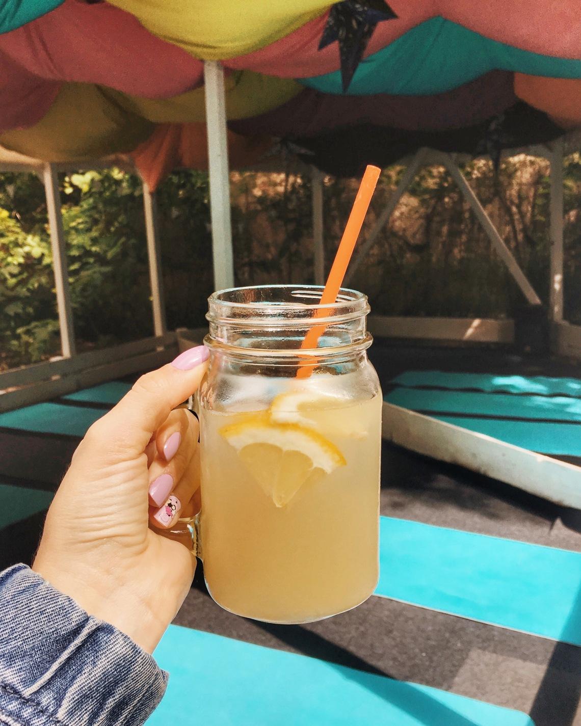 Yoga and Ginger Lemonade at Ceainaria 5 #ExperienceBucharest